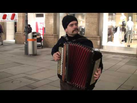 Milan (Serbia). Accordion. Vienna Street Performers by RussianAustria (Full HD)