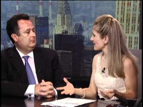 Melike talks to Senior Economist Joseph Brusuelas