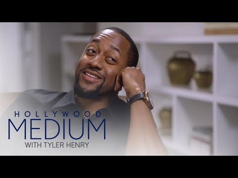Jaleel White Breaks Down Over Costar's Death  Hollywood Medium with Tyler Henry  E!