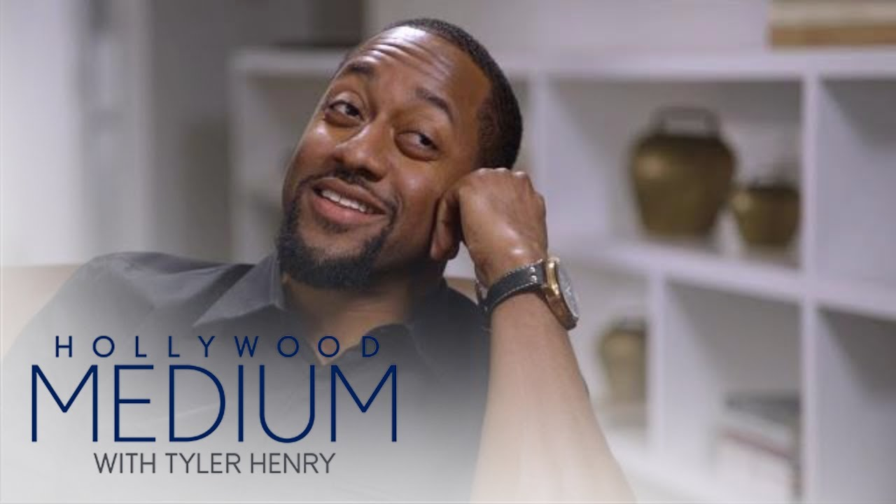 Download Jaleel White Breaks Down Over Costar's Death | Hollywood Medium with Tyler Henry | E!
