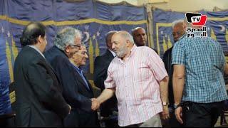 عمرو واكد ومحمد خان في عزاء المخرجة نبيهة لطفي