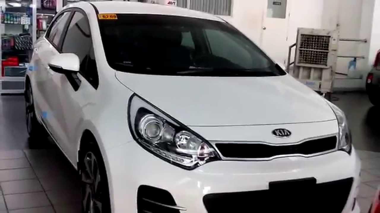 Kia Rio Hatchback >> Kia Rio Hatchback Review - Clear White - YouTube