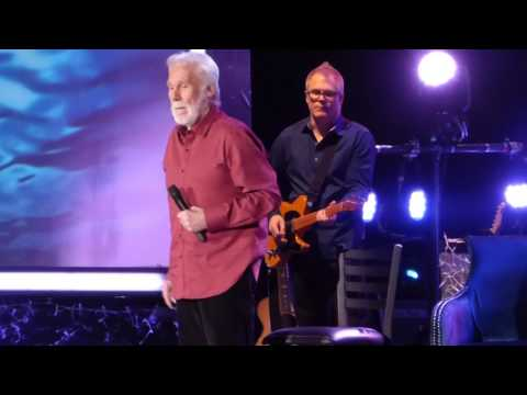 """""""Islands in the Stream"""" Kenny Rogers@Reading PA Eagle Theater 12/18/16"""