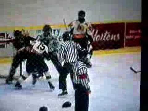 Curtis Macdonald vs Justin Finlay