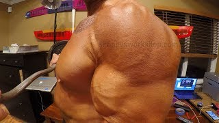 Massive pixellated bulge bodybuilder workout