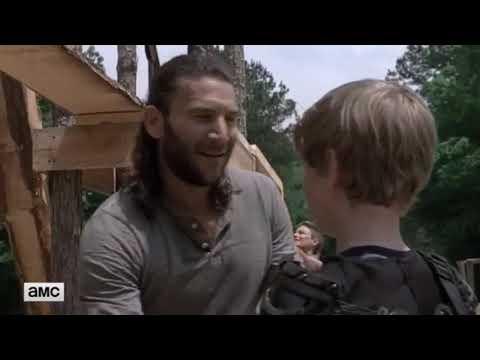 The Walking Dead 9x02 Sneak Peek - Daryl & Aaron