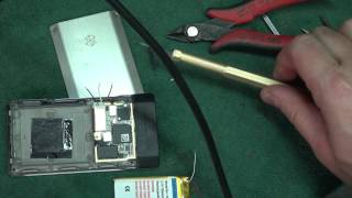 D-Lab Easy Battery Replacement Microsoft Zune HD GadgetMenders how to
