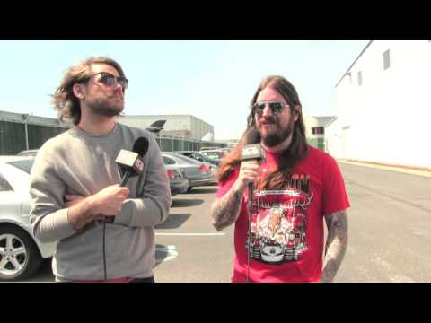 The Fix #159 - KVELERTAK Hosts | Metal Injection