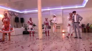 Украинский Ансамбль на свадьбу ч.4- Банкетный ресторан Арт Холл(, 2015-03-15T13:34:12.000Z)