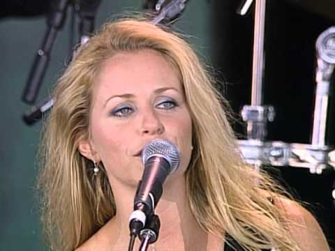 Deana Carter - Free Fallin' (Live at Farm Aid 1999)