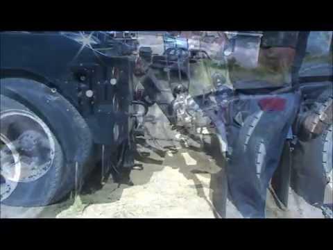 Old School Towing - Hooking Up Freightliner Columbia
