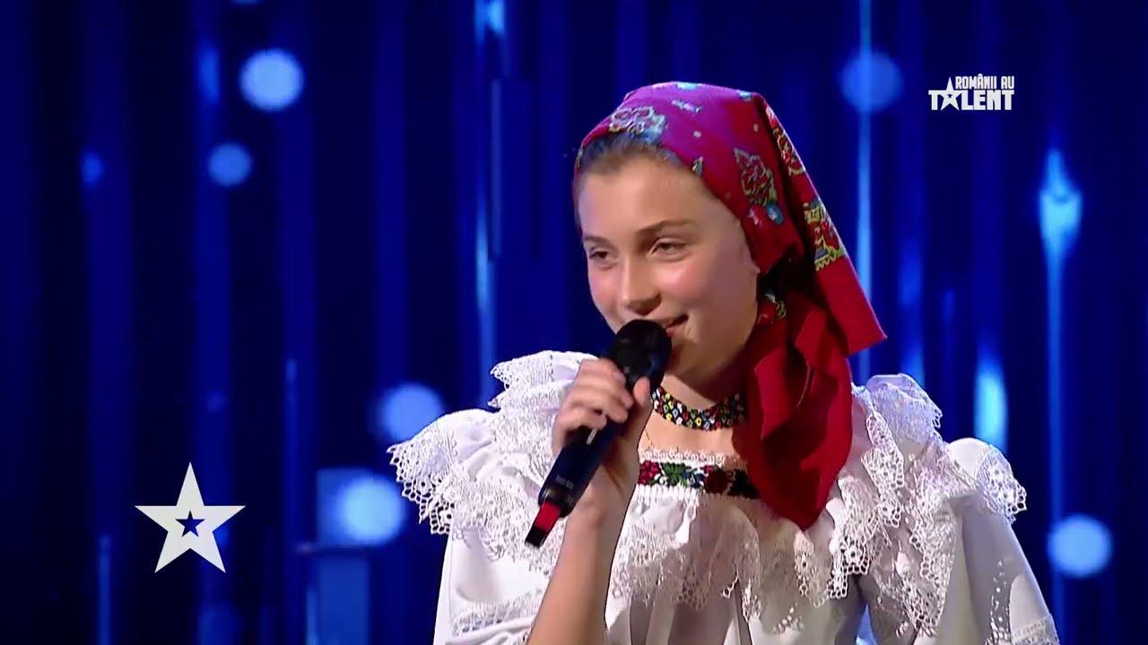 Românii au talent 2021: Alesia Vornicu a transmis multă emoție cu o melodie din folclor