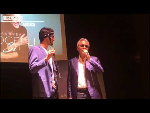 Andrea Bocelli e Matteo Bocelli cantano live