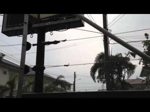 รั้วไฟฟ้า - ทดสอบรั้วไฟฟ้าขณะฝนตก