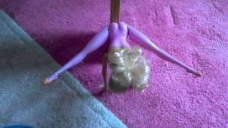 barbies press handstand