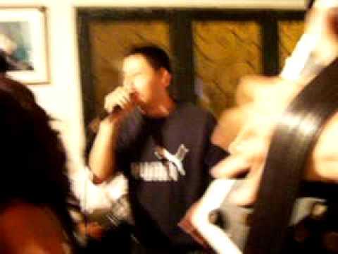 juventud Vallenata cantando en Casa DE Jairo Molano