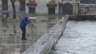 İstanbul'da Sağanak Yağış ve Lodos Etkili Olmaya Devam Ediyor