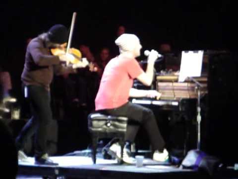 Chris Martin-Viva La Vida (Part 2 Acoustic) Bridge School Benefit 2009