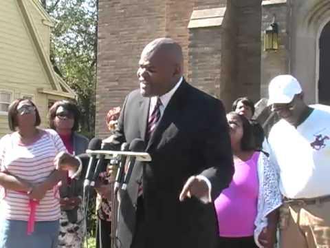 Rev. Dante Moss speaks about the stabbing case in Meriden