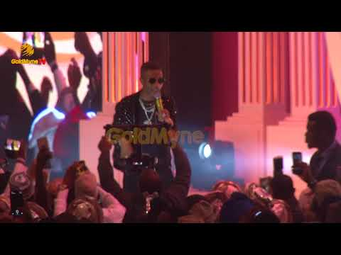WIZKID'S  PERFORMANCE AT DANGOTE'S DAUGHTER'S WEDDING IN LAGOS