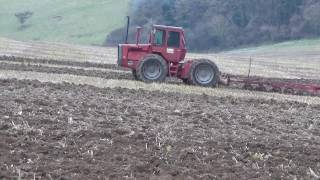 MF 1200 with Original MF 86 6f plough in work