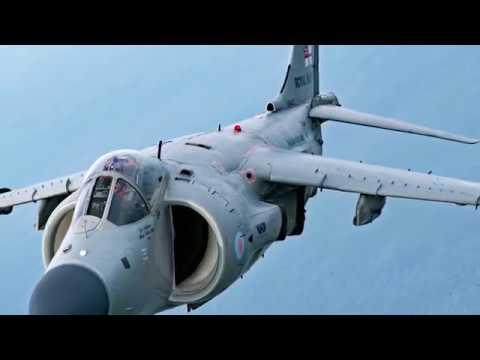 Marine vet flies personal Harrier jet at air shows