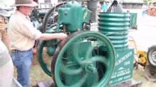 Stationary Engines-Marlborough Engine 1.flv