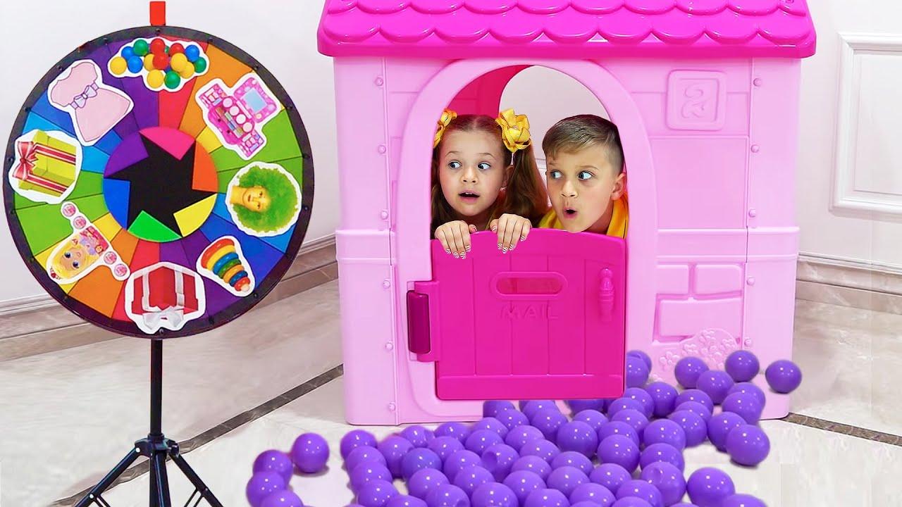 Diana e Roma estão brincando com o Desafio da Roda Mágica - Magic Wheel Challenge