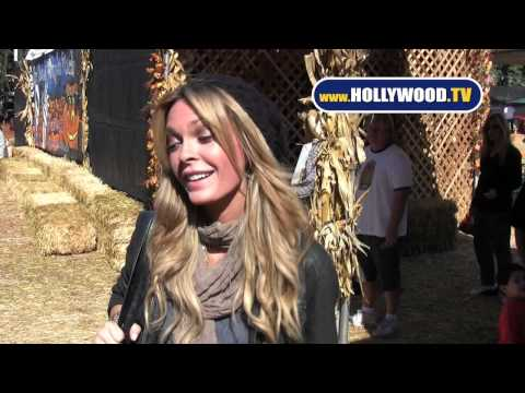 Jasmine Dustin Hits Up Celebrity Pumpkin Patch Mr. Bones