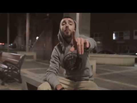 De nit (feat. La Raíz) - TRAST (Videoclip oficial)