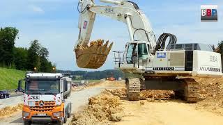 LIEBHERR R 984B & MAN, Mercedes-Benz Trucks, Ausbau A 8 Merklingen, Germany, 21.06.2018.