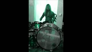 Doktor PK goes Wild child - Don´t drink an´drum