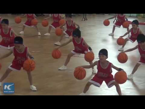 Amazing basketball skills of kindergarten kids in Hangzhou,