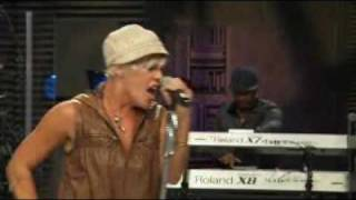 P!nk. So What. AOL Sessions Music 2008