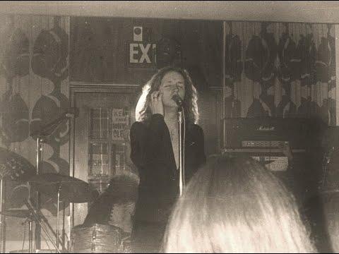 Judas Priest Victim Of Changes live 1975 mp3