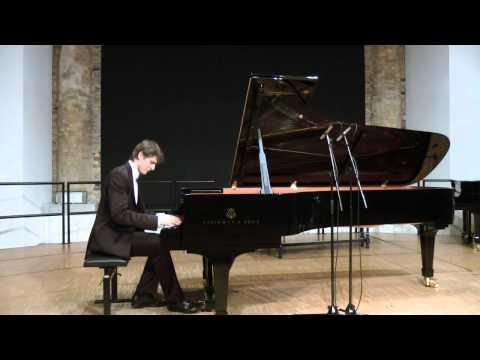 Piotr Switon plays Debussy Estampes, no.2,