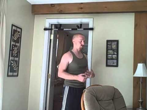 How to Stabilize Your Shoulders During the Pullup Exercise