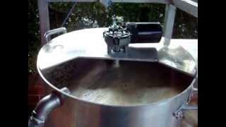 Misturador automatizado para brassagem.