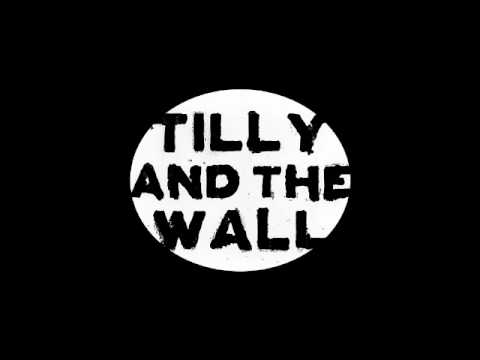 Pot Kettle Black- Tilly and the Wall