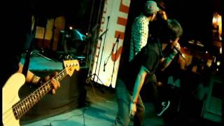 Download Odat plays Emo live at Tiendesitas MP3 song and Music Video