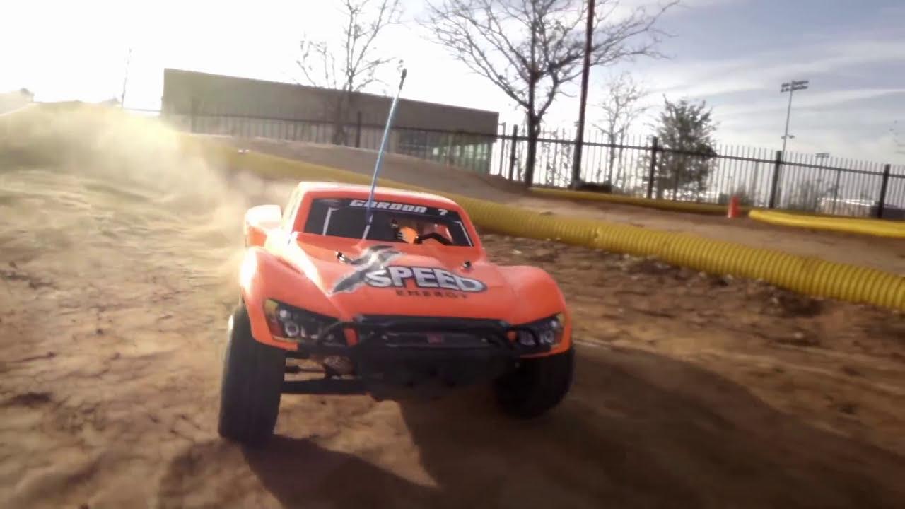 Traxxas Nitro Slash -- TRX 3 3 Power, 50+mph!