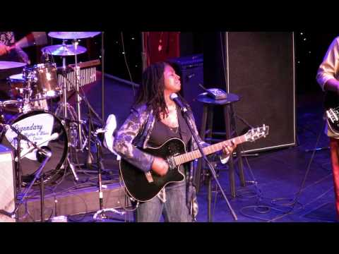Ruthie Foster LRBC 2010