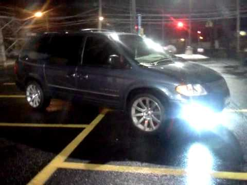 Srt8 rims on a chrysler town and country