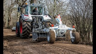 Stehr Road maintenance system with  SBV 80 H4 plate compactor attached to a Fendt 724