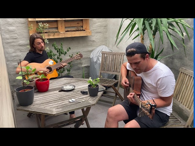 'Drawing the lines', acoustic live recording @ Studio Wellington