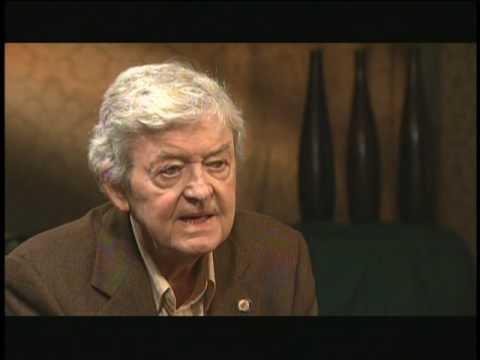 Actor Hal Holbrook on InnerVIEWS with Ernie Manouse