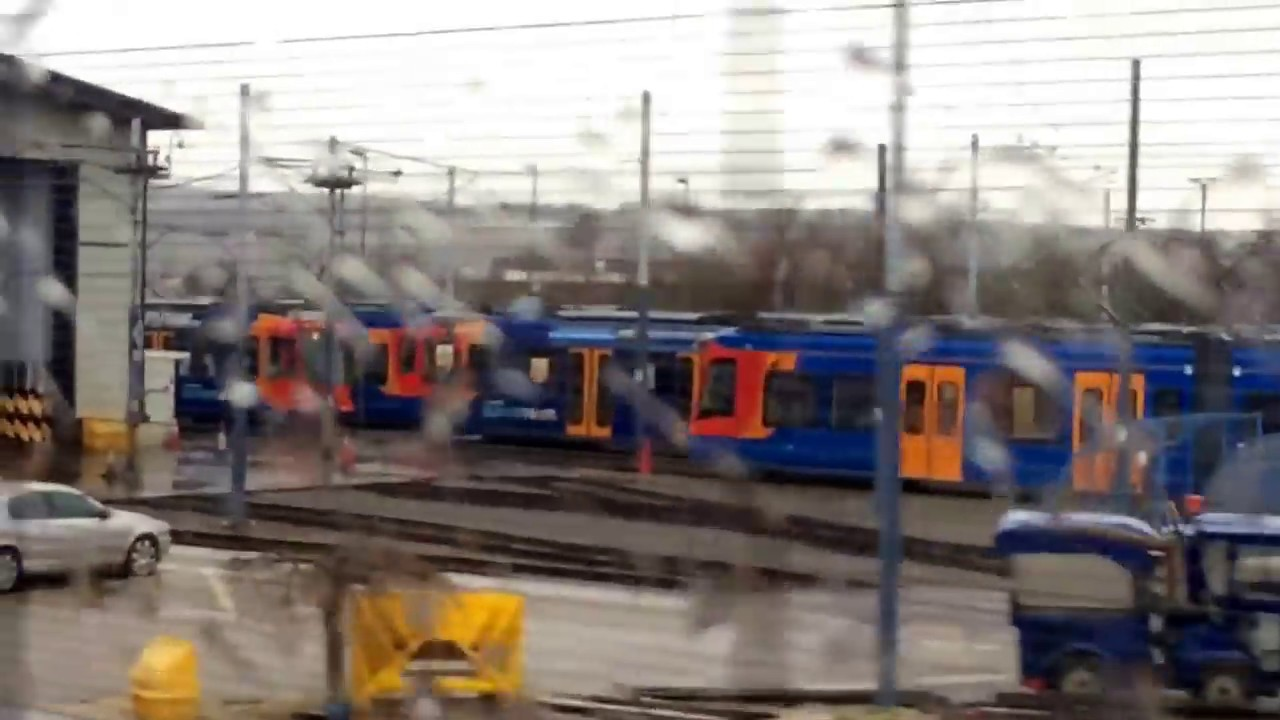 Sheffield Supertram on park square roundabout junction Stock Photo ...