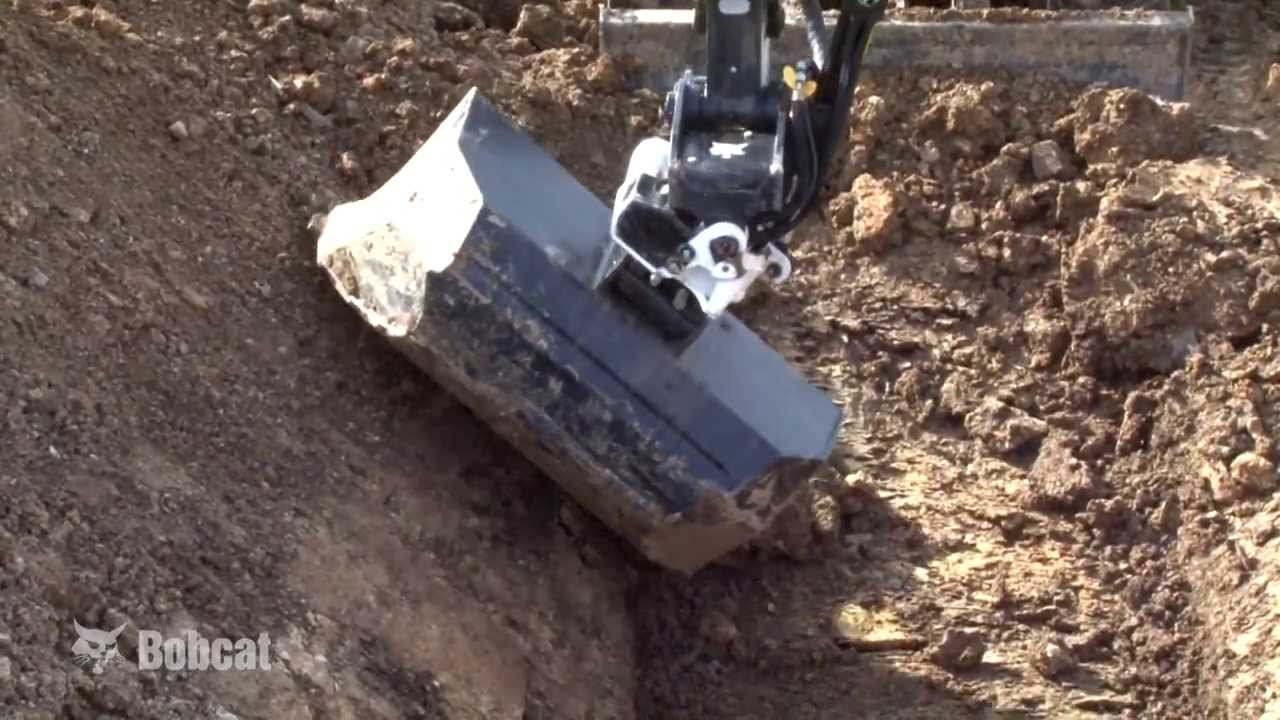 Bobcat Attachment Tilt Rotator Bobcat Equipment Youtube