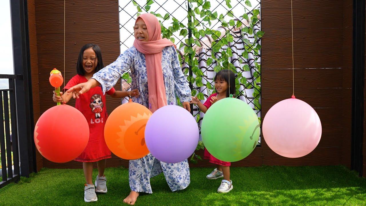 Surprise Harta Karun Di Dalam Balon -  Finger Family Song Learn Color with Balloon