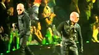 La Revolución Live: Wisin & Yandel - Pam Pam